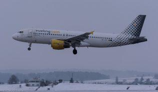 vueling_A320_EC-JSY_ZRH170116