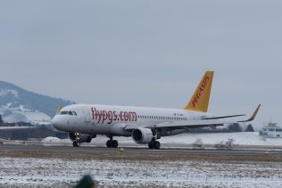 PegasusAirlines_A320_TC-DCB_ZRH170117