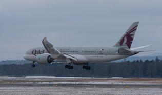 QatarAirways_B788_A7-BCM_ZRH170117