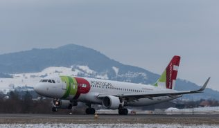 TAPPortugal_A320_CS-TNQ_ZRH170117