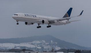 UnitedAirlines_B763_N670UA_ZRH170117