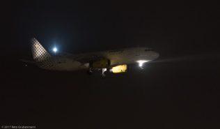 vueling_A320_EC-LRM_ZRH170119