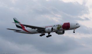 EmiratesSkyCargo_B77L_A6-EFL_ZRH170321_01