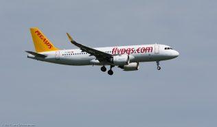 PegasusAirlines_A320_TC-NBA_ZRH170401