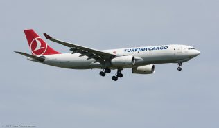 TurkishCargo_A332_TC-JDS_ZRH170401