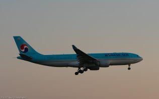 KoreanAir_A332_HL8228_ZRH170408