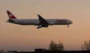 Swiss_B77W_HB-JNH_ZRH170408