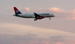 AirSERBIA_A320_YU-APH_ZRH170410