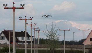 AntonovAirlines_A124_UR-82007_ZRH170410_01