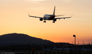 HelveticAirways_E190_HB-JVP_ZRH170413