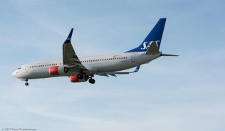 ScandinavianAirlines_B738_LN-RGA_ZRH170413
