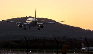Swiss_A320_HB-IJF_ZRH170413