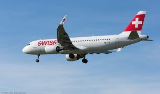 Swiss_A320_HB-JLT_ZRH170413
