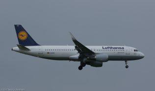 Lufthansa_A320_D-AIUQ_ZRH170416