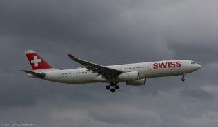 Swiss_A333_HB-JHI_ZRH170417