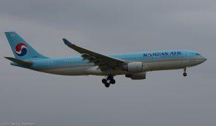 KoreanAir_A332_HL8227_ZRH170422
