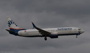 SunExpress_B738_TC-SEN_ZRH170512