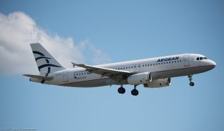 AegeanAirlines_A320_SX-DVV_ZRH170513