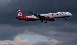 AirBerlin_A321_OE-LCB_ZRH170513