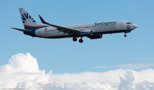 SunExpress_B738_TC-SEE_ZRH170513