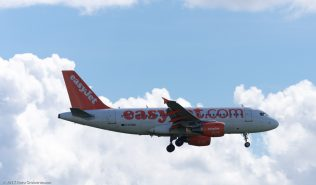 easyJet_A319_G-EZBM_ZRH170513