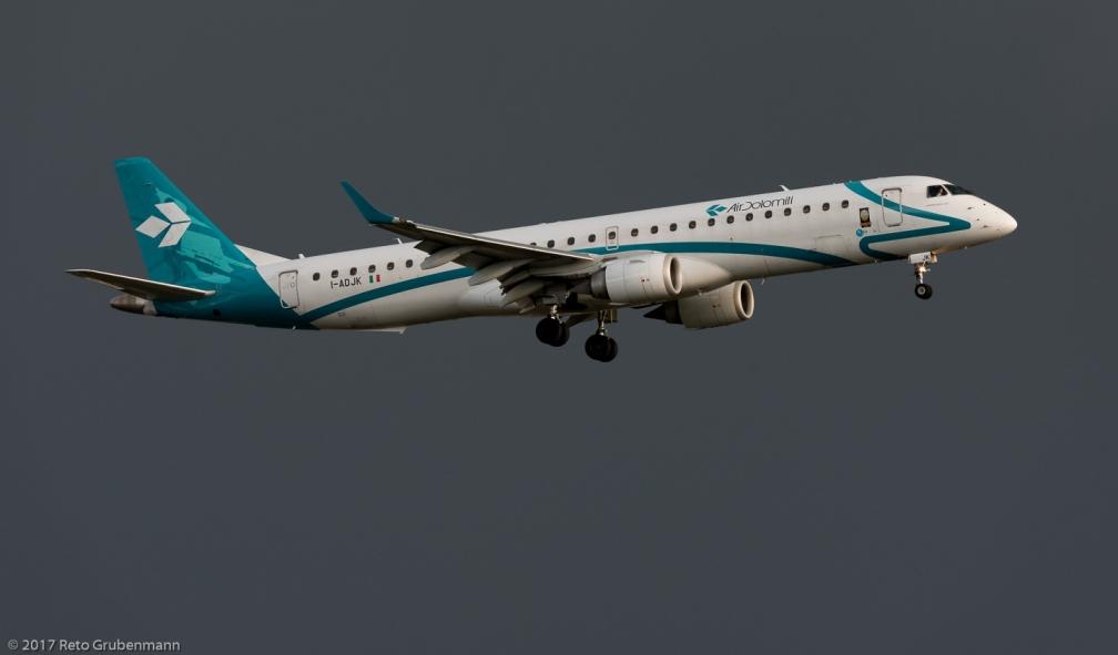 AirDolomiti_E190_I-ADJK_ZRH170513