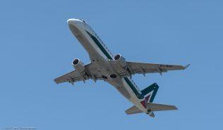 Alitalia_E170_EI-RDF_ZRH170521