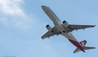 HelveticAirways_E190_HB-JVM_ZRH170521