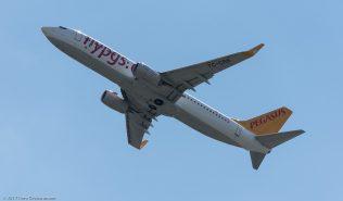 PegasusAirlines_B738_TC-CRB_ZRH170521