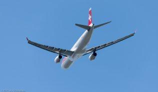Swiss_A333_HB-JHE_ZRH170521
