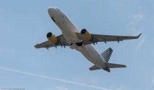vueling_A320_EC-LVU_ZRH170521