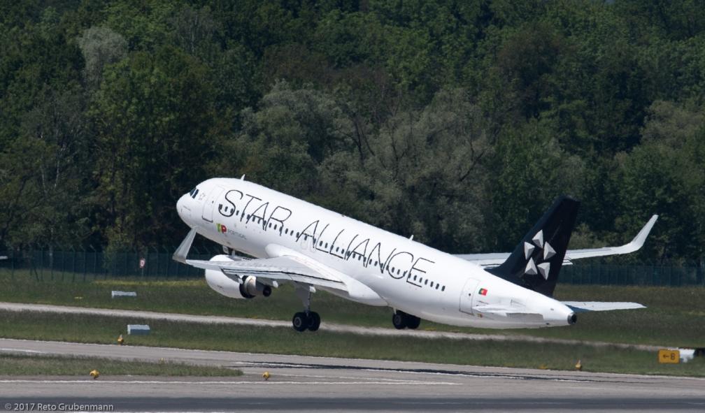 TAPPortugal_A320_CS-TNP_ZRH170522