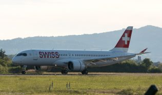 Swiss_BCS3_HB-JCA_ZRH170527