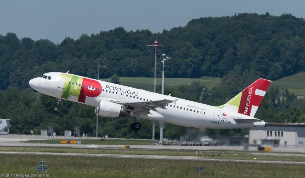 TAPPortugal_A320_CS-TNK_ZRH170527