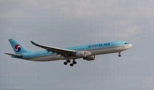KoreanAir_A333_HL8001_ZRH170530