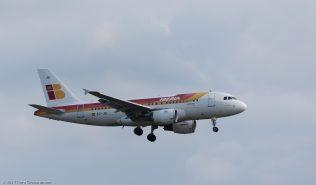Iberia_A319_EC-JEI_ZRH170531
