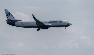 SunExpress_B738_TC-SOA_ZRH170531