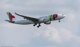 TAPPortugal_A332_CS-TOF_ZRH170531