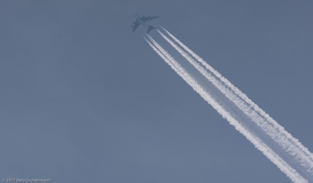 SingaporeAirlines_A388_9V-SKL_170603