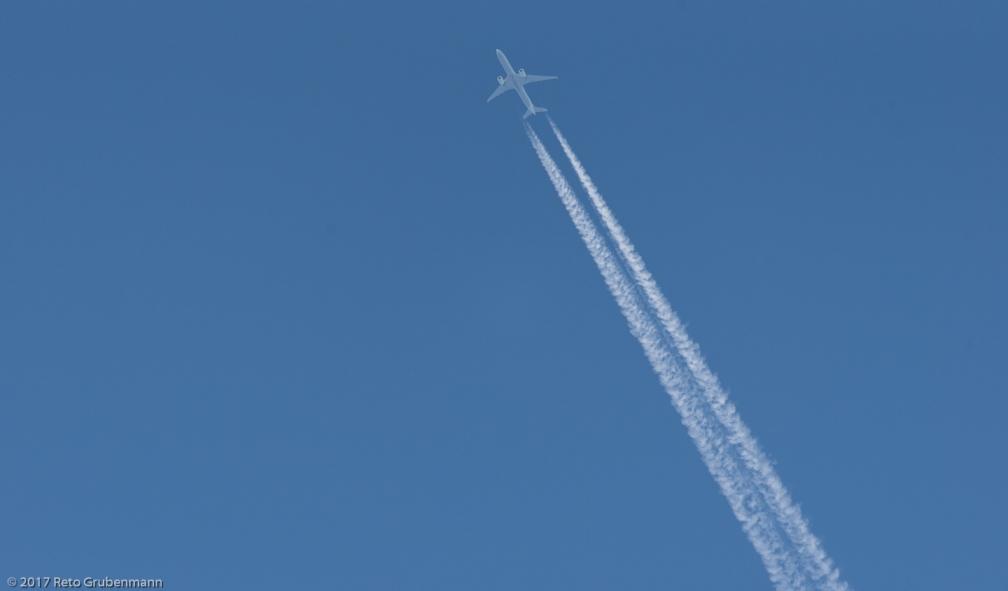 TurkishAirlines_B77W_TC-LJI_170603