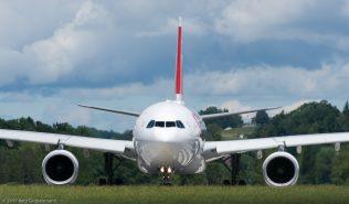 Swiss_A333_HB-JHL_ZRH170604