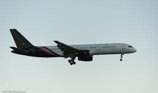 TitanAirways_B752_G-POWH_ZRH170606_01