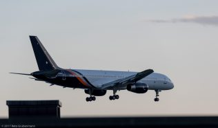 TitanAirways_B752_G-POWH_ZRH170606_02