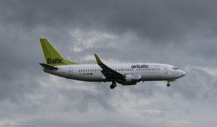 airBaltic_B733_YL-BBI_ZRH170606