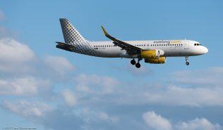 vueling_A320_EC-MGE_ZRH170606