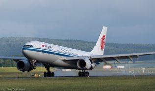 AirChina_A332_B-6130_ZRH170607_01