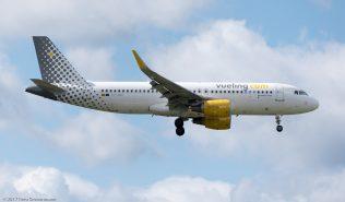 vueling_A320_EC-MAH_ZRH170607