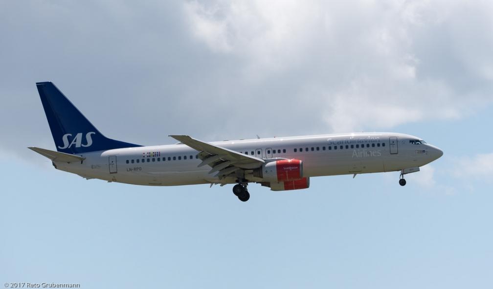 ScandinavianAirlines_B738_LN-RPO_ZRH170607
