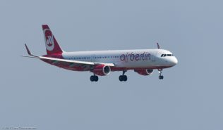 AirBerlin_A321_HB-JOU_ZRH170612