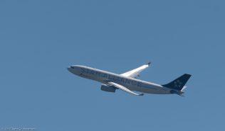 AirChina_A332_B-6093_ZRH170618